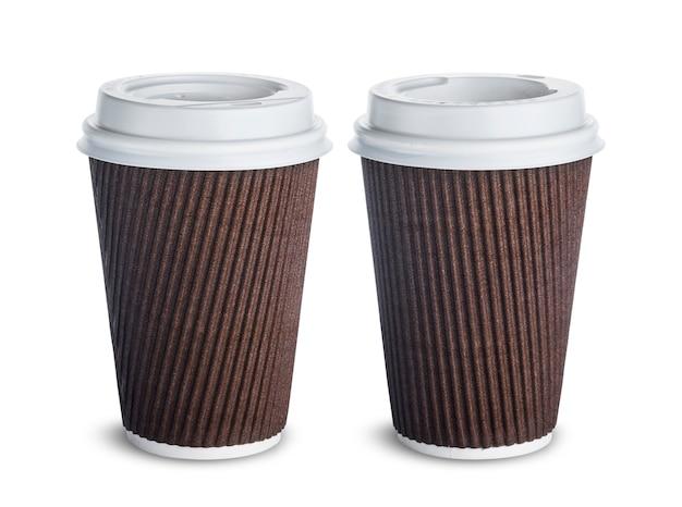 Tazza di caffè di carta isolata su fondo bianco