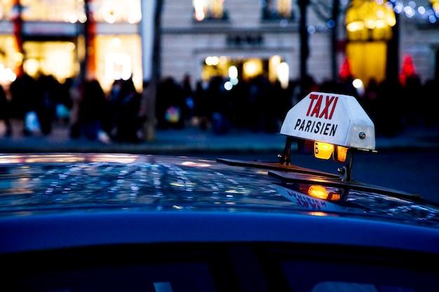 Taxi parigino