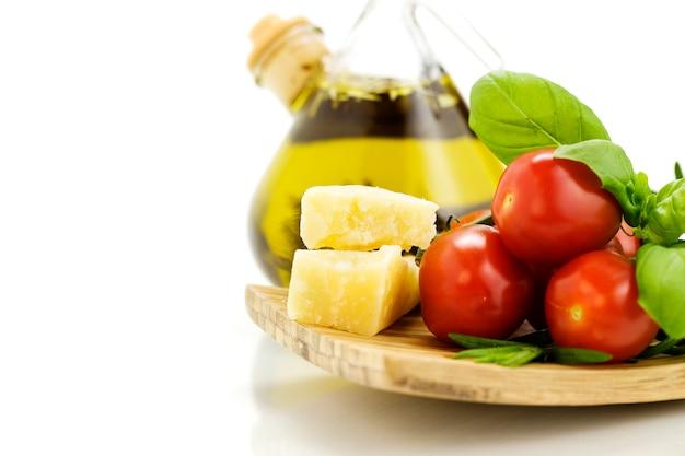 Parmigiano, erbe e verdure