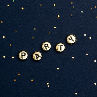 Tipografia di testo perline party su blu scuro