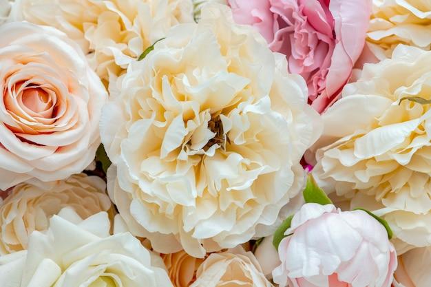 Sfondo con motivi di fiori freschi pastello
