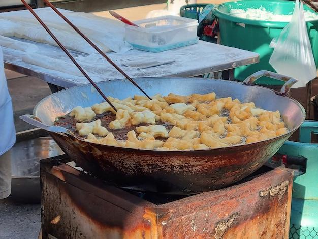 Colazione fritta di patongo