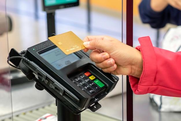 Il pagamento con carta di credito è un atteggiamento sempre più normalizzato