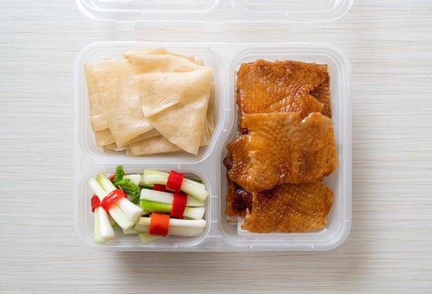 Anatra alla pechinese in scatola di consegna - stile cinese