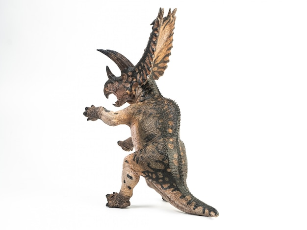 Dinosauro pentaceratopo