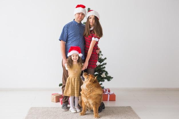 Pet, vacanze e concetto festivo