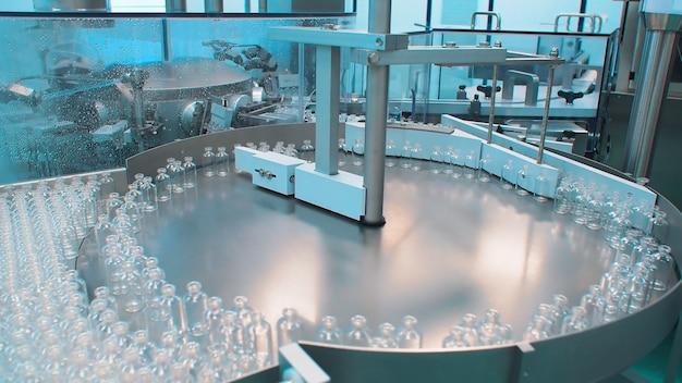 Macchina di ispezione ottica farmaceutica per fiale, fiale mediche e fiale. produzione del vaccino. coronavirus
