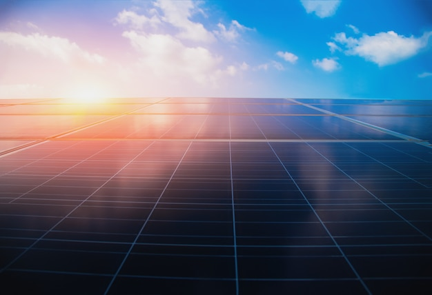 Sistemi di alimentazione fotovoltaica. pannelli a energia solare.