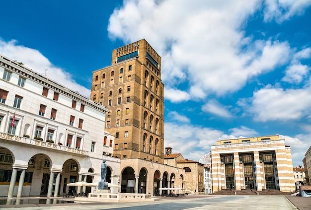 Piazza della vittoria a brescia italia