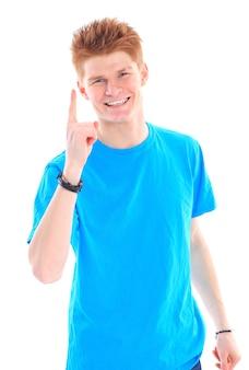 Foto di un giovane attraente con il dito in alto