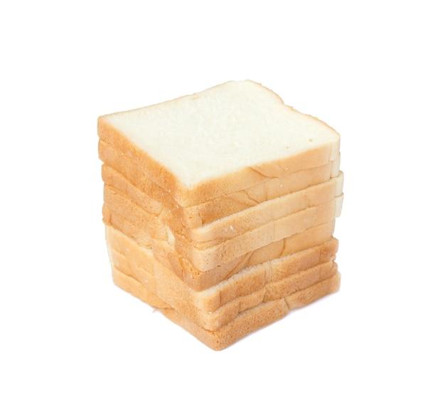 Foto di fette di pane bianco morbido e appiccicoso delizioso per la colazione su sfondo bianco isolato