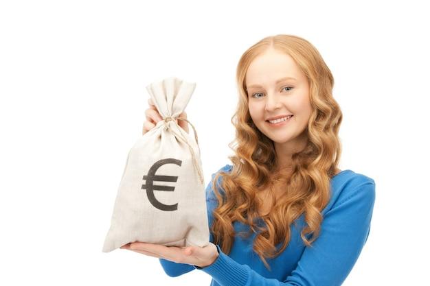 Foto di donna con borsa firmata euro