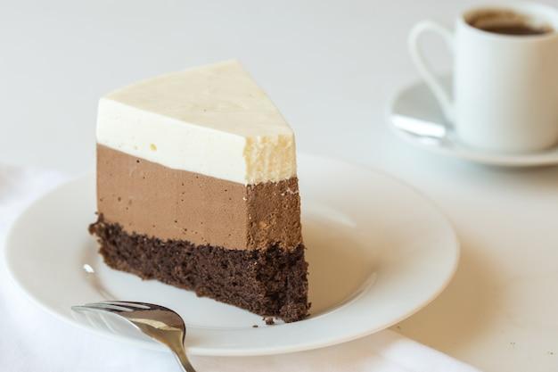 Un pezzo di torta di mousse