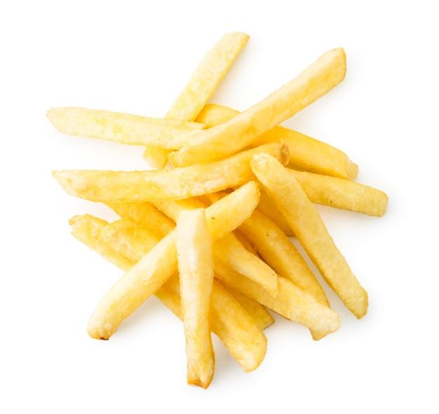 Pila di patatine fritte su uno sfondo bianco, isolato. vista dall'alto.