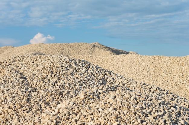 Pila di cava di calcare