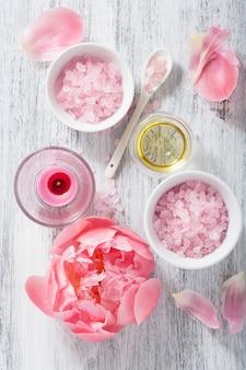 Olio essenziale di peonia rosa sale floreale per spa e aromaterapia