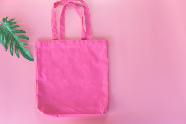Tessuto di tela rosa della borsa di tela, modello del sacco di acquisto del panno, concetto di eco.