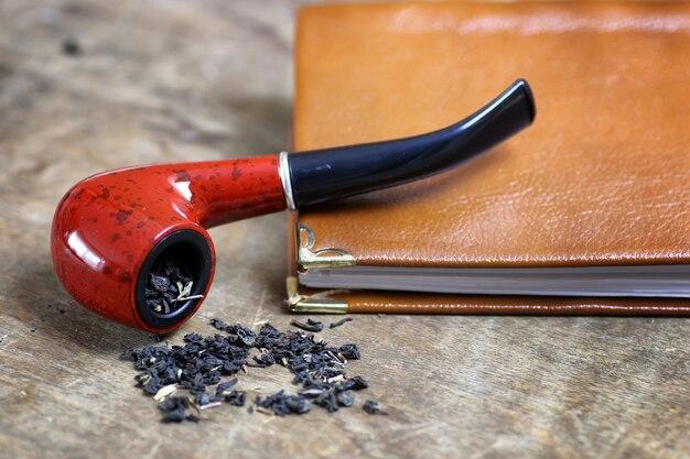 Tabacco da pipa da tavolo in legno
