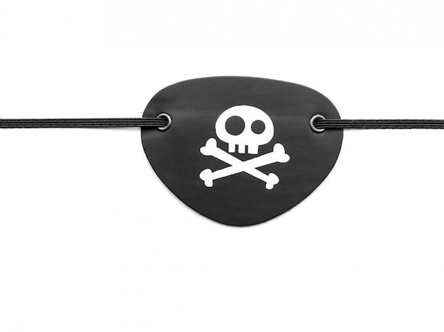 Benda sull'occhio del pirata su bianco