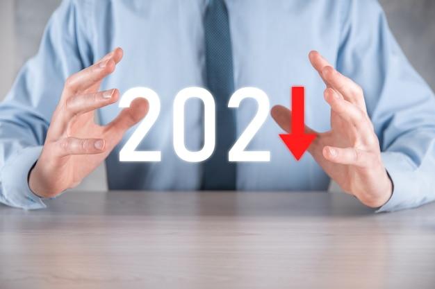Pianificare la crescita negativa del business nel concetto di anno 2021