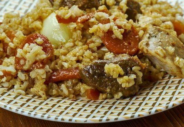 Plov tontarma - pilaf uzbeko di riso fritto