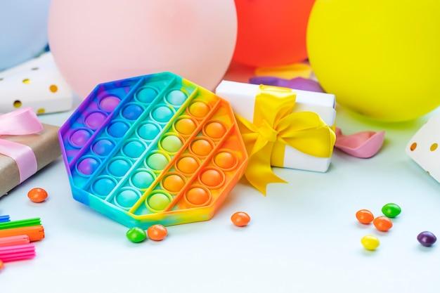 Pop it fidget ansia e sollievo dallo stress giocattolo per l'apprendimento dell'autismo per bambini e adulti