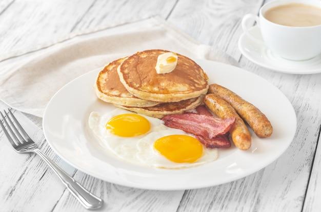 Porzione di colazione americana