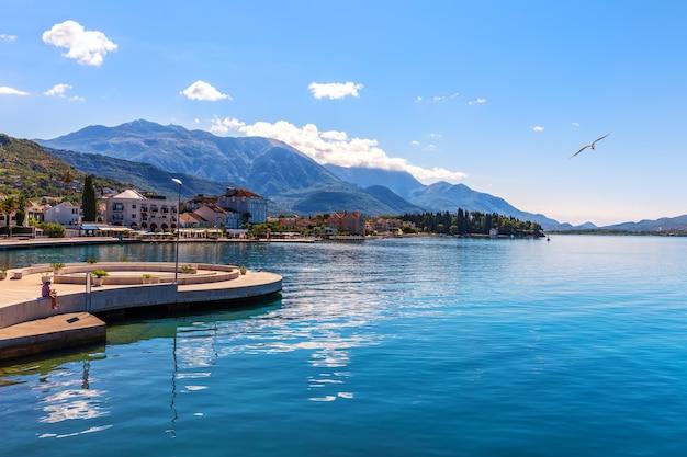 Marina di porto montenegro, tivat, splendida vista estiva