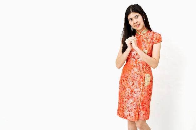 Ritratto di donna asiatica capodanno cinese.