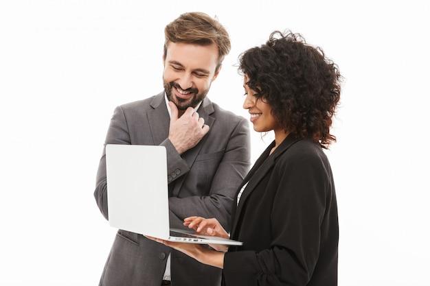 Ritratto di una coppia felice di affari