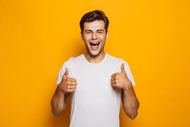 Ritratto di un giovane uomo felice