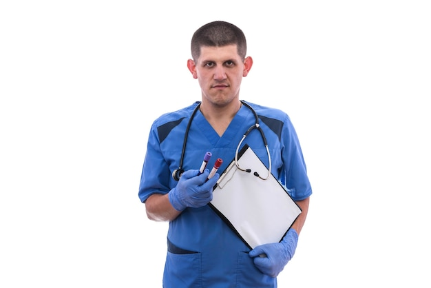Ritratto di medico maschio con lo stetoscopio