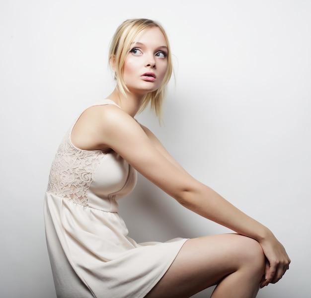Ritratto di donna sensuale modella