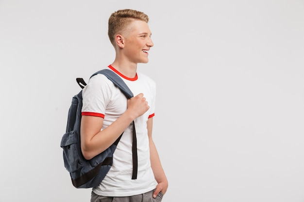 Ritratto di un adolescente sorridente