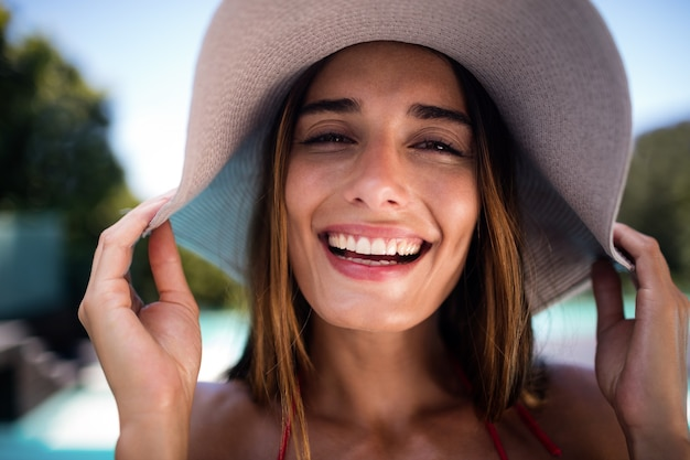 Ritratto di donna sorridente