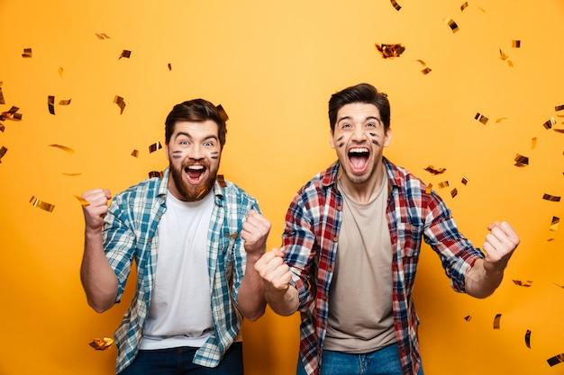 Ritratto di due giovani felici