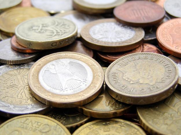 Sterlina ed euro monete
