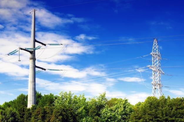 Linea di trasmissione di potenza.