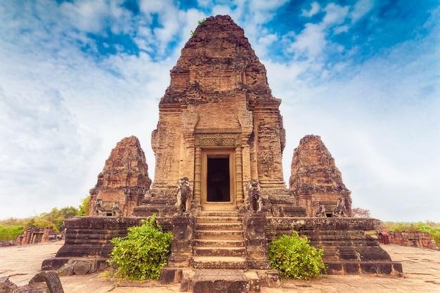 Tempio di pre rup, zona di angkor, siem reap, cambogia