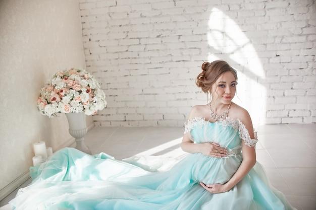 Gravidanza, donna incinta, pianificazione familiare, parto cesareo
