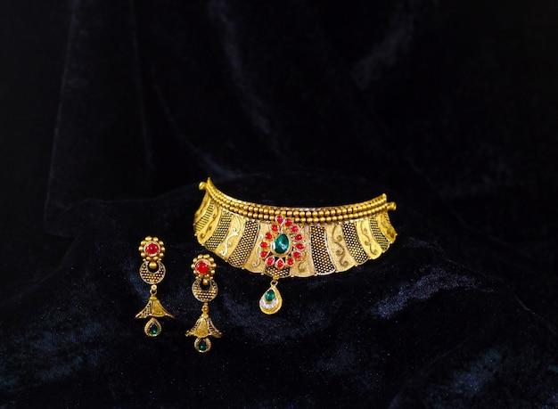 Set di gioielli da sposa in oro di alta qualità