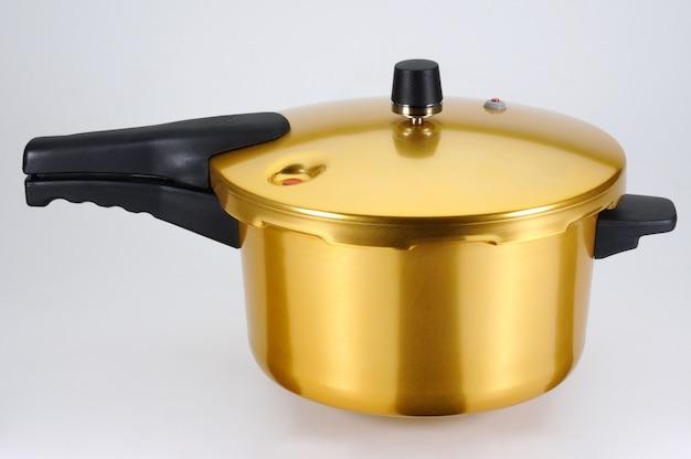 Pentola a pressione color miele