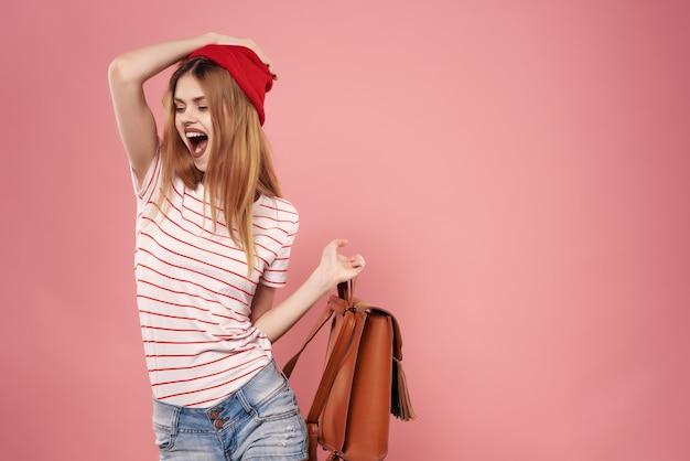 Bella moda donna moderna borsa elegante sfondo rosa