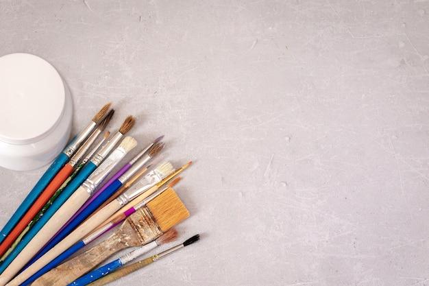 Spazzole professionali per artisti e lavori sporchi