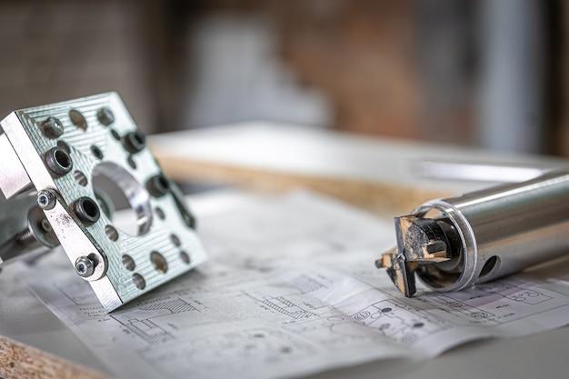 Strumento di perforazione di precisione professionale, maschera per mobili, trapano a cerniera, trapano forstner.