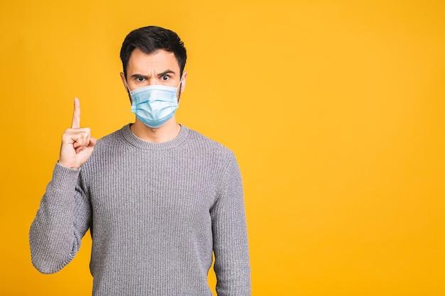 Protezione contro malattie contagiose, coronavirus, covid-19. uomo che indossa una maschera igienica per prevenire l'infezione