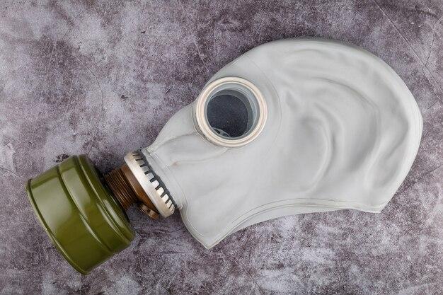 Maschera antigas protettiva con primo piano del filtro