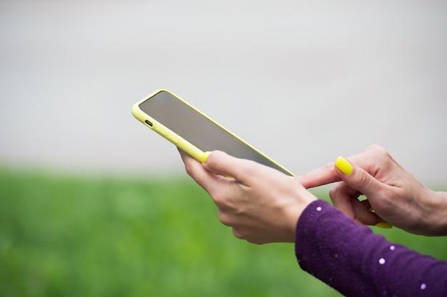 Fornire tecnologia mobile agli utenti smartphone con tecnologia touchscreen cellulare