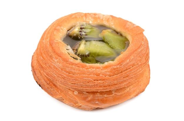 Pasta sfoglia ripiena di kiwi
