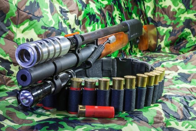 Supporto per torcia per fucile a pompa
